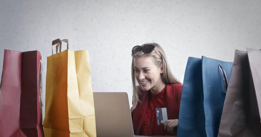 Bayar tagihan kartu kredit - Please Jangan Gunakan Pinjol untuk 5 Hal Ini