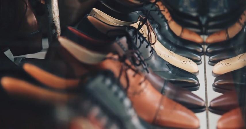 Bisnis cuci sepatu - Bisnis Menguntungkan untuk Mahasiswa Bermodal Kecil