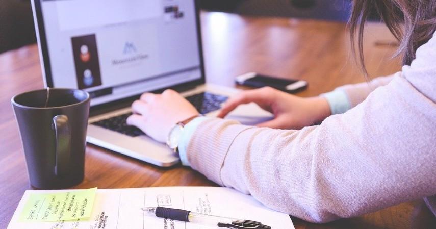 Bisnis jasa ketik dan print - Bisnis Menguntungkan untuk Mahasiswa Bermodal Kecil