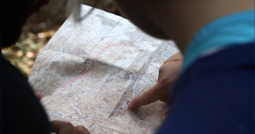 Cari lokasi strategis - Mau Memulai Bisnis Kedai Kopi Biar Kekinian_ Simak Dulu Tipsnya!