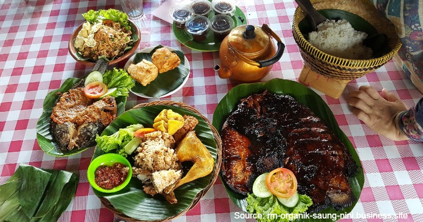 Cobek ikan mini - Ini Makanan Khas Purwakarta Paling Lezat dan Bikin Nagih!