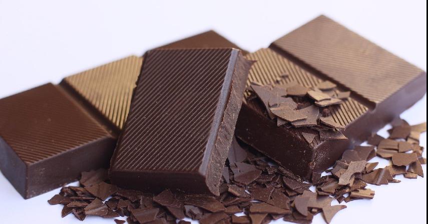 Cokelat - 10 Makanan Penenang Pikiran dan Hati Bermanfaat Lawan Stres