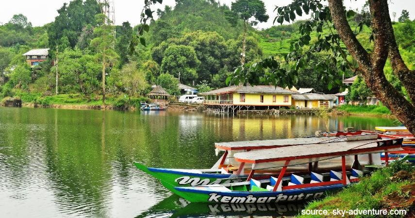 Danau situ patenggang - Tempat Wisata Paling Banyak Dikunjungi di Bandung dan Sekitarnya