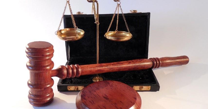 Hakim - Pekerjaan Jurusan Ilmu Hukum Paling Keren Bergaji Tinggi
