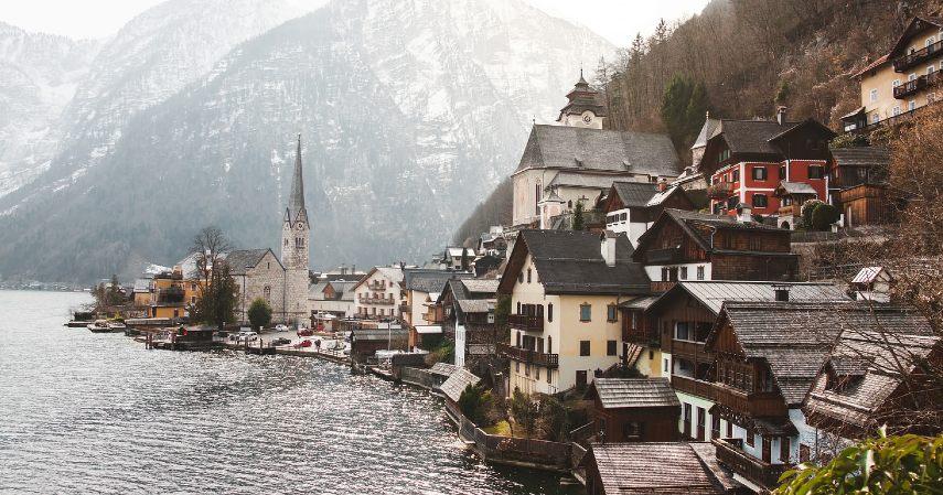 Hallstatt Austria - Lupakan Desa Hantu dan Desa Penari Ini Deretan Desa Terindah di Dunia