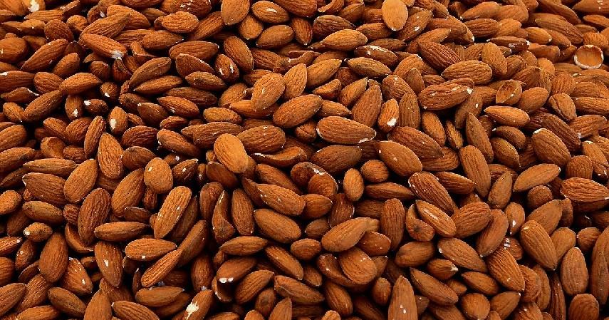 Kacang Almond dan Kedelai - 10 Makanan Penenang Pikiran dan Hati Bermanfaat Lawan Stres