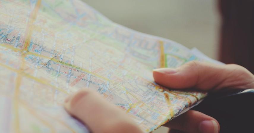 Kartographer - Peluang Kerja Lulusan Geografi Apa Aja Kepoin 10 Pilihannya