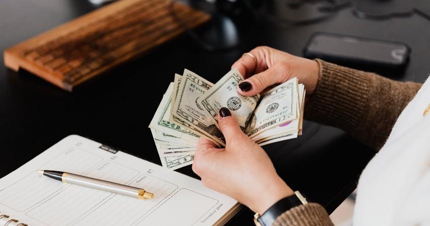 Menambah pemasukan - Belajar dari Cerita Layangan Putus Siapkan 5 Langkah Finansial Ini