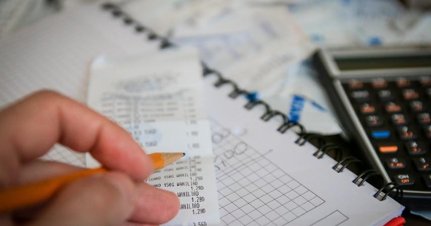 Mencatat Pengeluaran Harian - Cara Menghemat Uang Gaji Kecil Paling Tepat untuk Kamu First Jobber