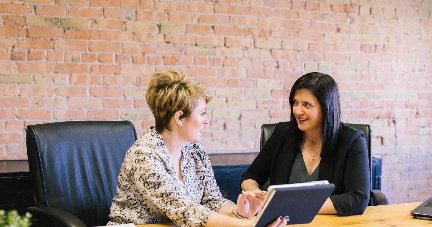 Membual tentang pekerjaan baru - Resign Kerja Hindari Hal-hal Ini Sebelum Tinggalkan Kantor