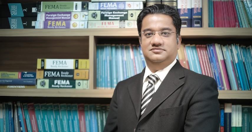 Pegawai Bank - 6 Pekerjaan Jurusan Administrasi Niaga yang Miliki Prospek Kerja Tinggi