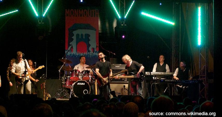 Pink Floyd - Band Rock Terkaya di Dunia dari Metallica hingga The Beatles