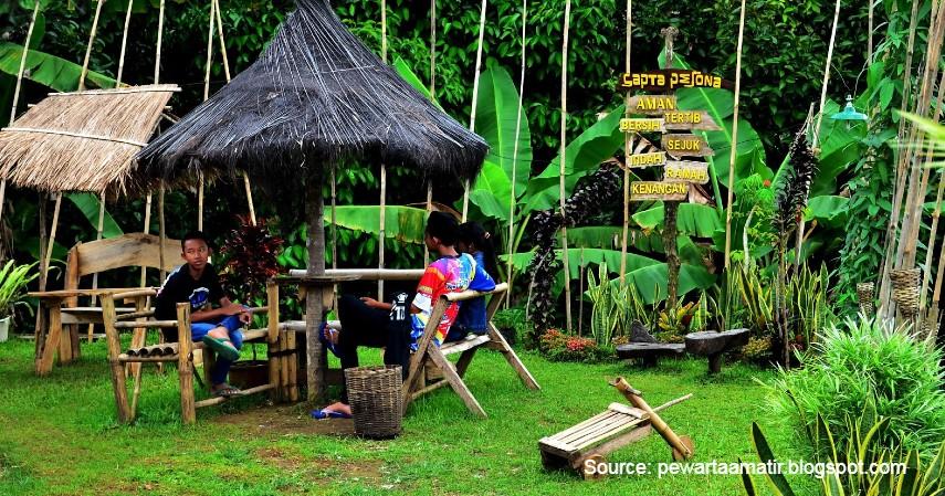 Saung Mulan - 10 Tempat Wisata Paling Favorit di Subang Jawa Barat