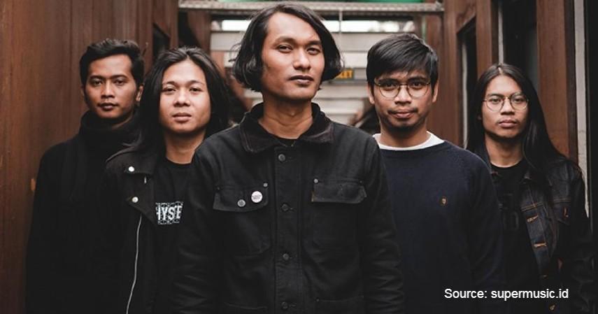 Under The Big Bright Yellow Sun - 7 Band Post-rock Indonesia yang Inspiratif dan Lagunya Enak Didengar