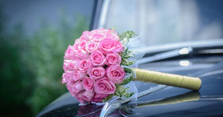 Bisnis Buket Bunga Wisuda Wedding Hadiah - Ide Usaha Modal 5 Juta yang Paling Banyak Datangkan Laba