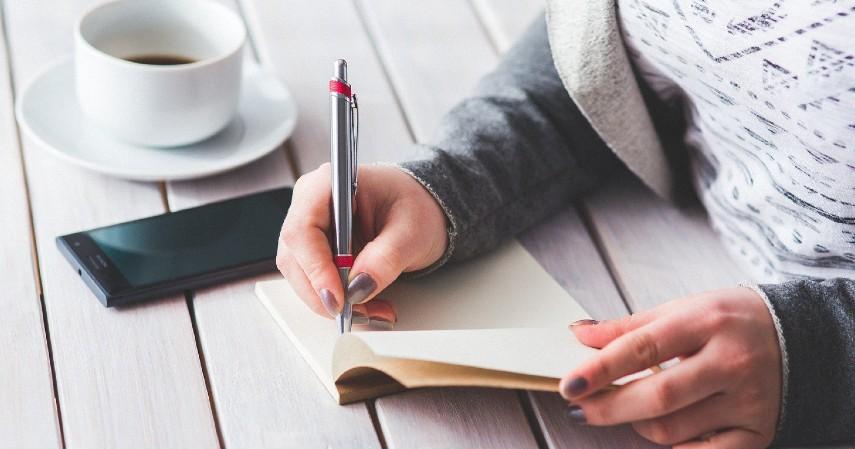 Catat semua utang yang ada - Empat Cara Cerdas Terbebas dari Utang