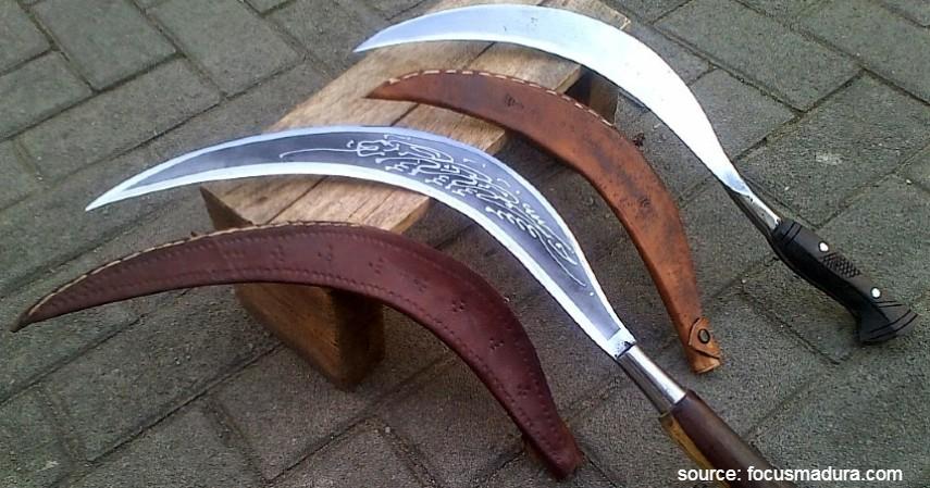 Celurit Madura - Bermacam Senjata Tradisional khas dari Berbagai Provinsi di Indonesia