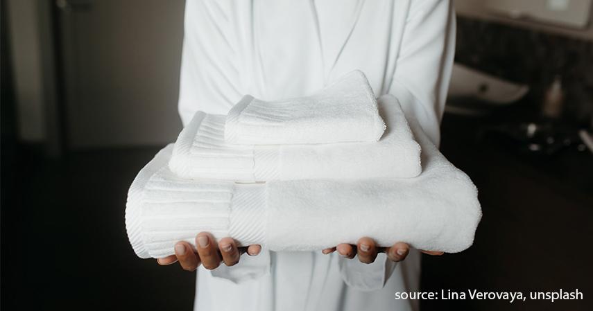 Handuk bayi - Persiapan Kelahiran Anak Pertama 20 Jenis Barang yang Perlu Dibeli
