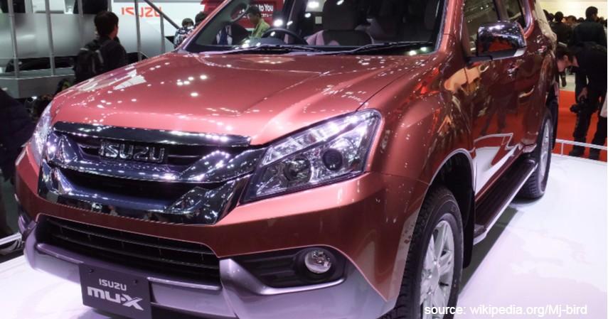 Isuzu MU-X - 6 Mobil SUV Terbaik dengan Performa Juara