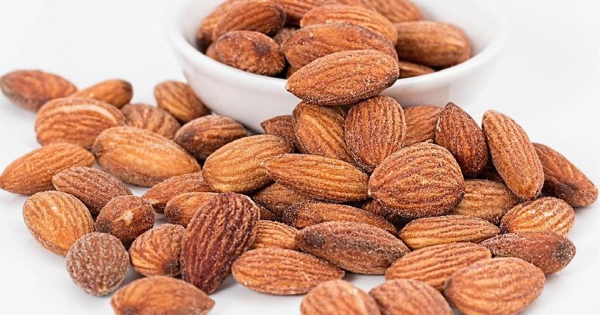 Kacang-kacangan - 15 Makanan Untuk Penderita Diabetes yang Paling Direkomendasikan
