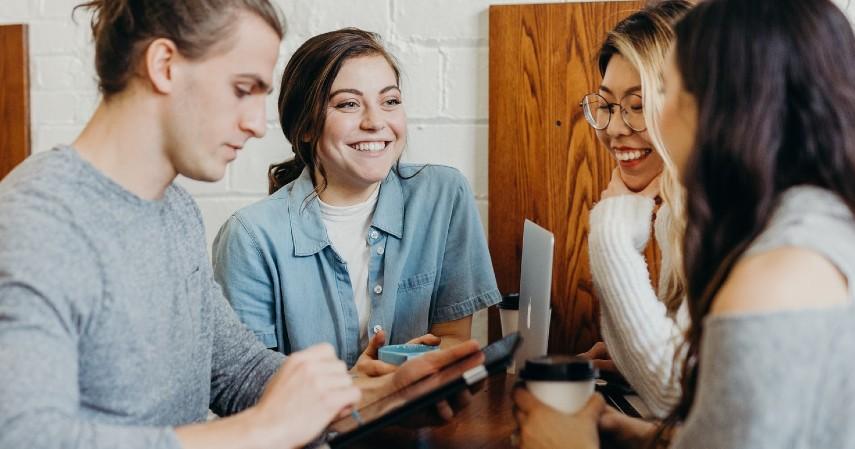 Komunikasi - Mau Bisnis Sama Teman Contek Kiat Suksesnya