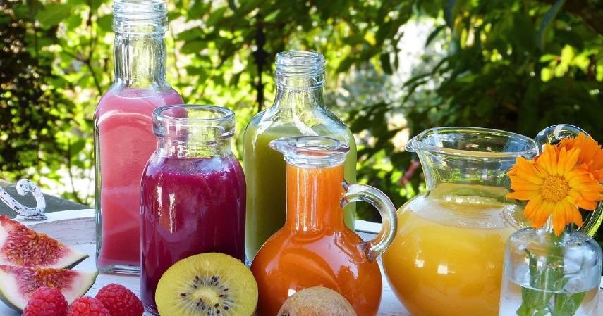 Minuman berbagai rasa - Kuliner Viral 2019_ dari Boba Tea Sampai Siomay Mozarella