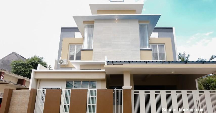 OYO 1247 Antosa Family Residence - Ini Hotel Murah untuk Keluarga di Kota Jember Lokasi Strategis