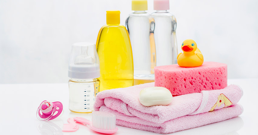 Peralatan mandi bayi - Persiapan Kelahiran Anak Pertama 20 Jenis Barang yang Perlu Dibeli