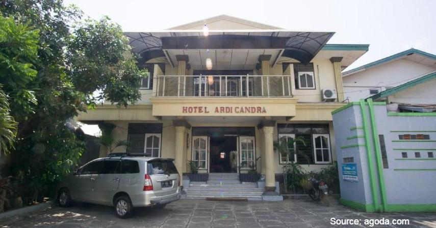 RedDoorz Syariah Jalan Gajah Mada - Ini Hotel Murah untuk Keluarga di Kota Jember Lokasi Strategis