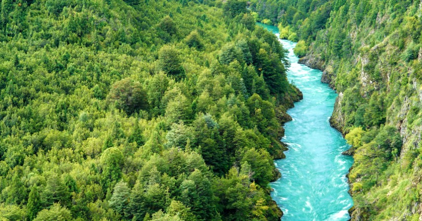 Sungai Futaleufu Argentina - 7 Sungai Terbersih di Dunia Mana yang Jadi Favorit Wisatawan