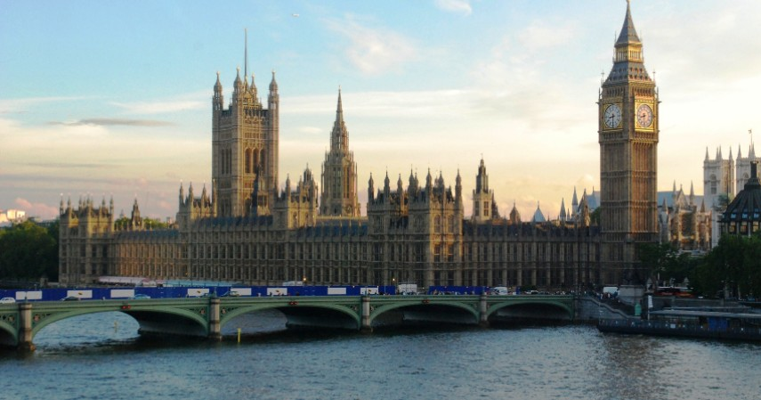 Sungai Thames Inggris - 7 Sungai Terbersih di Dunia Mana yang Jadi Favorit Wisatawan