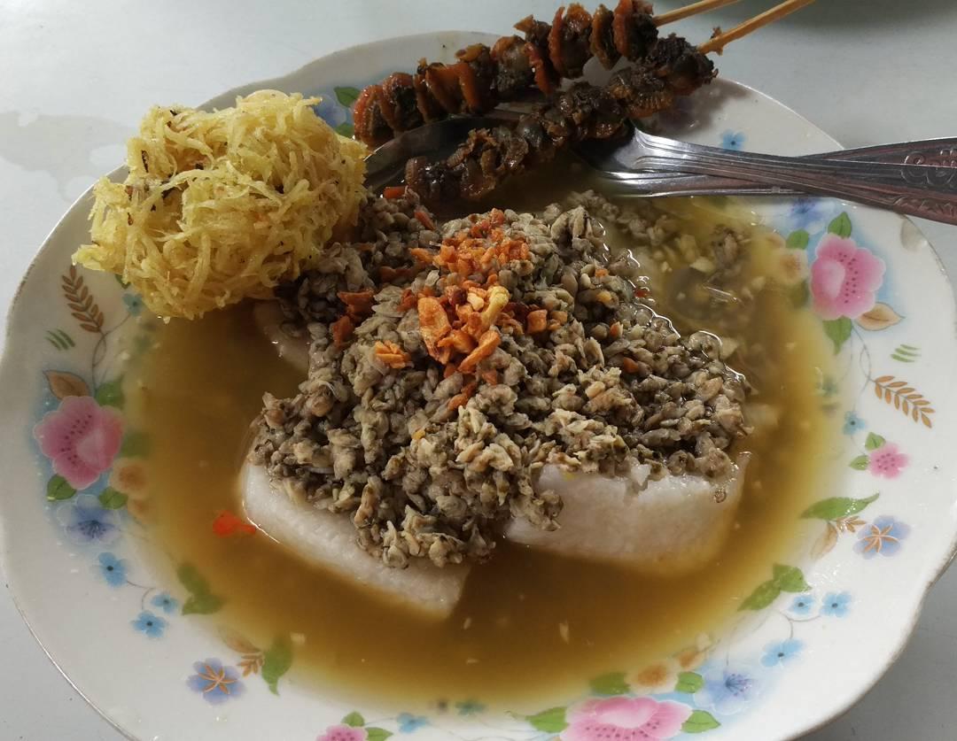 Kupang Kraton Hj, Qomariyah - Wisata Kuliner Enak dan Murah Kota Malang Paling Legendaris