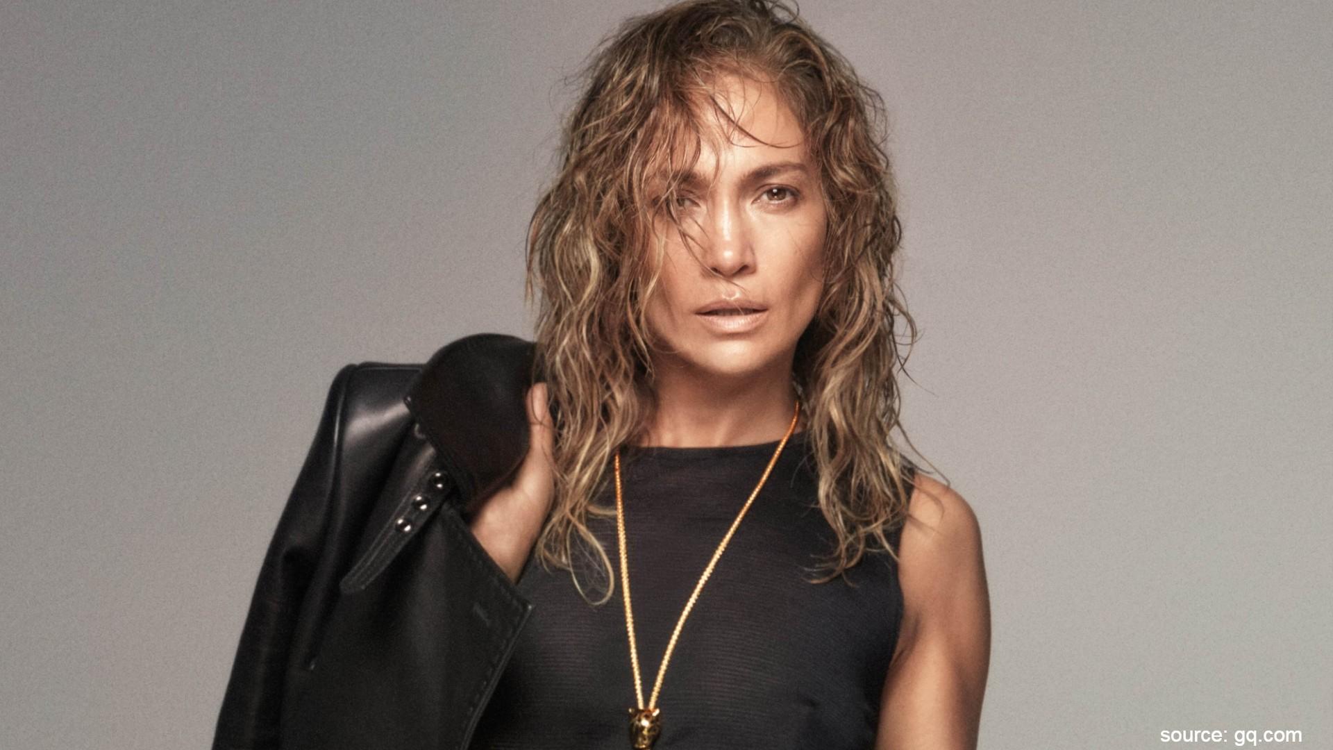 Jennifer Lopez - Kebiasaan Unik Musisi Dunia, Pura-Pura Jadi Kucing Hingga Sikat Gigi Sebelum Naik Panggung.jpg