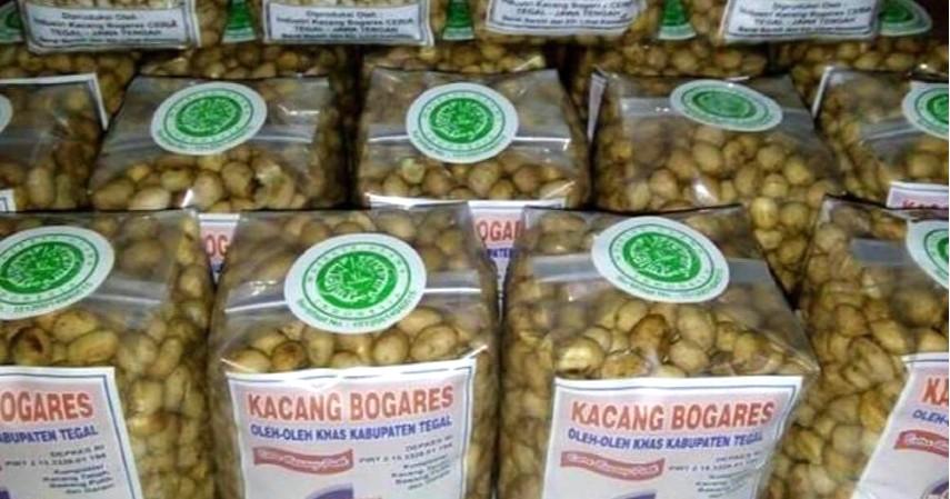 Kacang-Bogares - 18 Oleh-oleh Favorit dan Murah Khas Kota Tegal Terlengkap