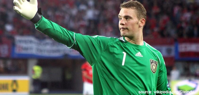Manuel Neuer - Inilah Nilai Asuransi Pemain Bola Termahal, Yuk Kepoin!