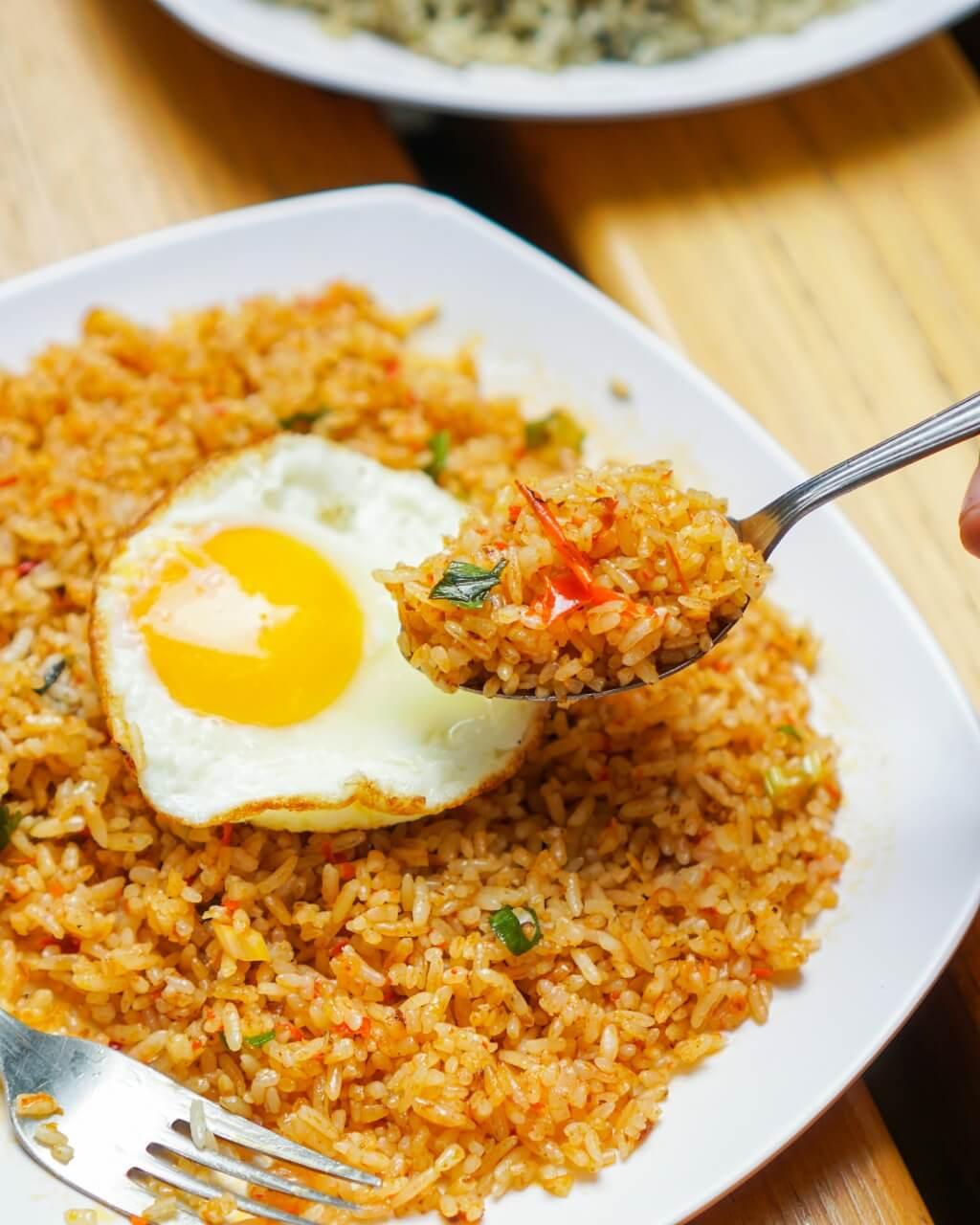 Nasi Goreng Mafia - 5 Makanan Pedas Ngehits yang Wajib Dicoba