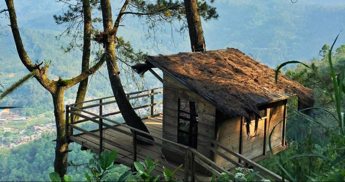 Omah Kayu - Rekomendasi Wisata Batu Paling Favorit Wajib Dikunjungi Para Pelancong