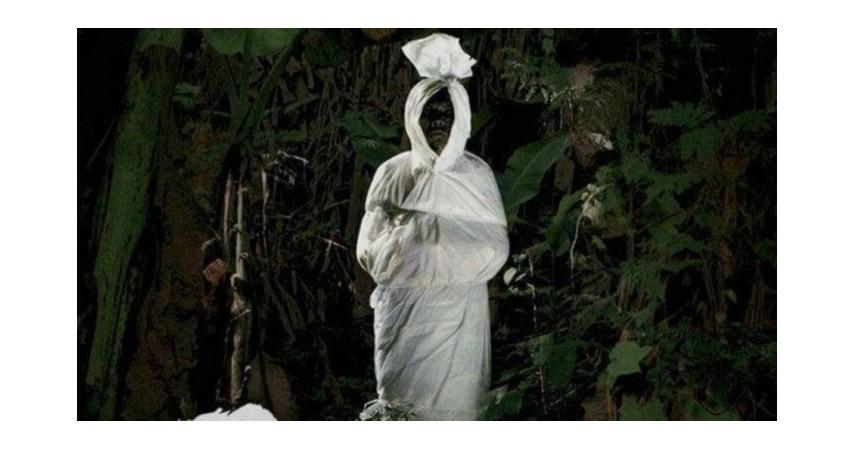Pocong-2006 - 5 Film Kontroversial Indonesia yang Dilarang Tampil di Bioskop