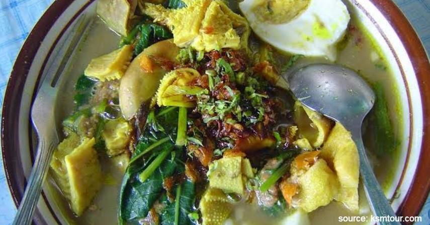 Pondok Rujak Soto - 5 Wisata Kuliner Enak dan Murah Kota Banyuwangi