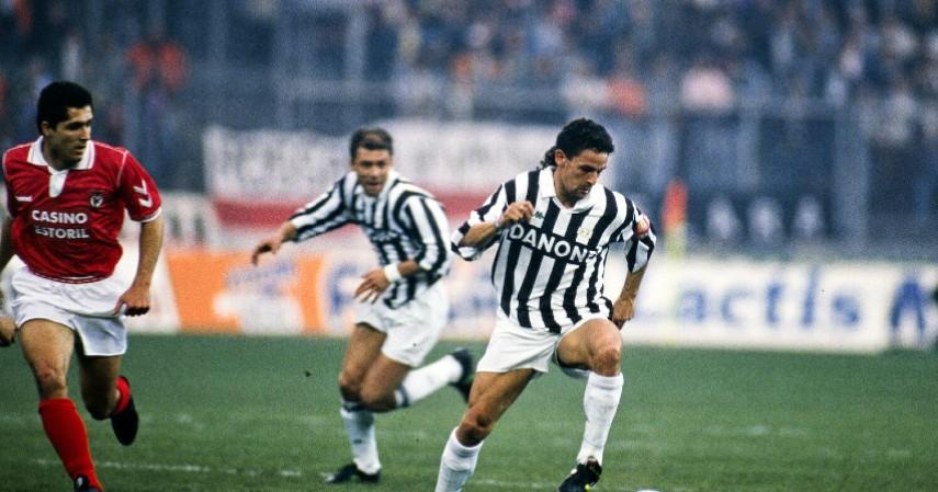 Roberto Baggio - Fiorentina ke Juventus 1990 - Inilah Daftar Transfer Pemain Bola Paling Kontroversial