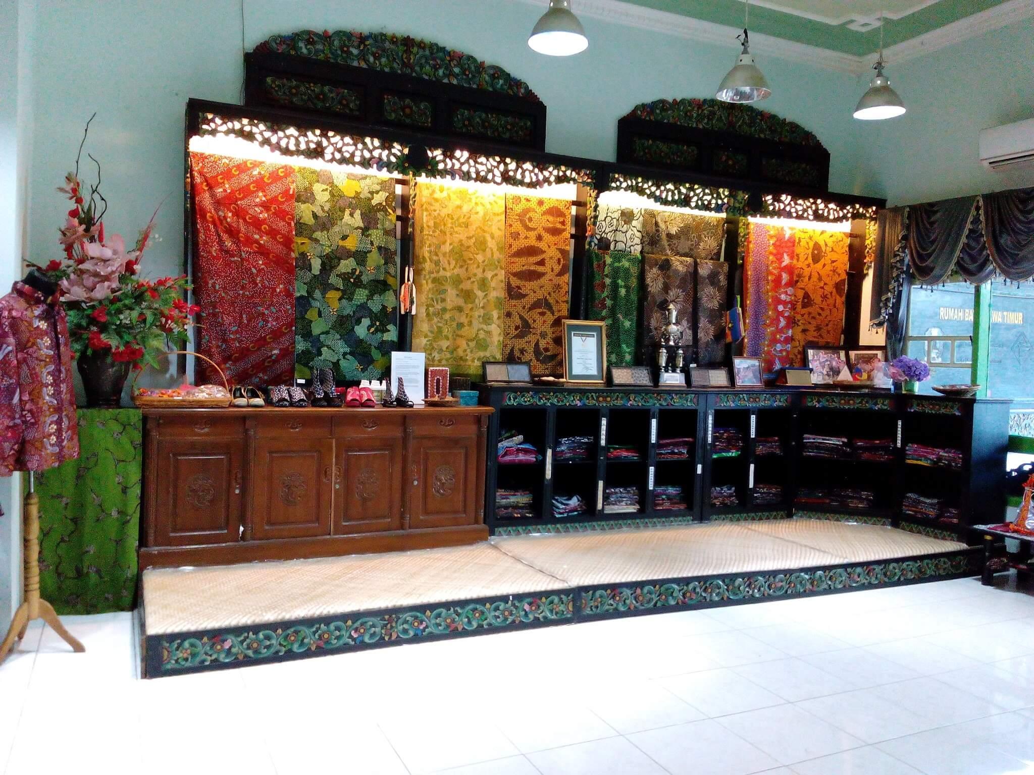 Rumah Batik Surabaya - Tujuan Wisata Favorit Dan Gratis Di Surabaya Yang Wajib Kamu Kunjungi