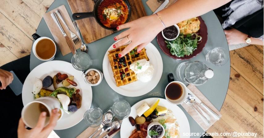 Traktir Makan - Manfaat Promo Kartu Kredit di Awal Tahun 2020