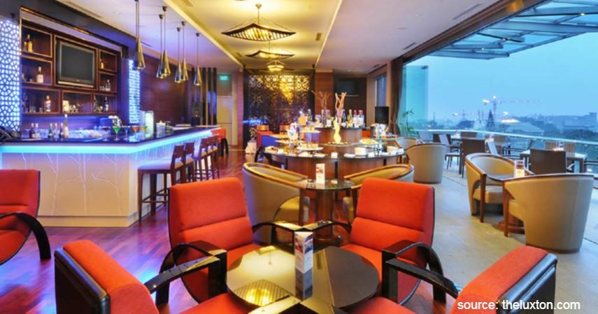 Sky Bar & Lounge, The Luxton - 10 Tempat Makan Romantis di Bandung Murah Mulai 50 Ribu-an