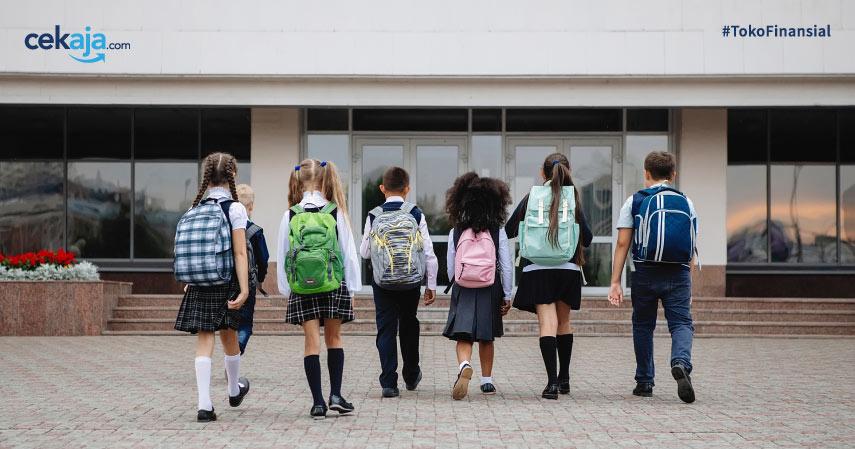 Aturan Terbaru Syarat Masuk TK, SD, SMP, dan SMA