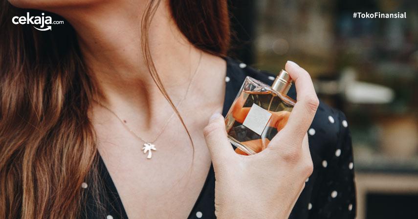 cara memakai parfum tahan lama