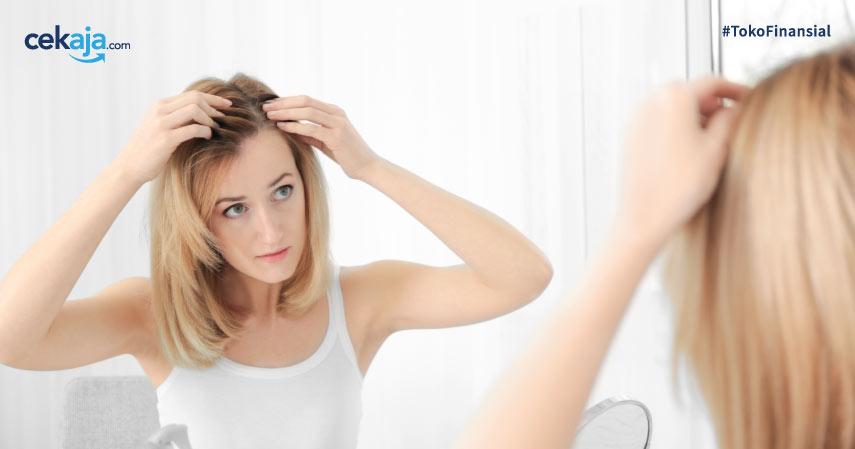 5 Cara Mencegah Kerontokan Rambut Secara Alami, Yuk Coba!