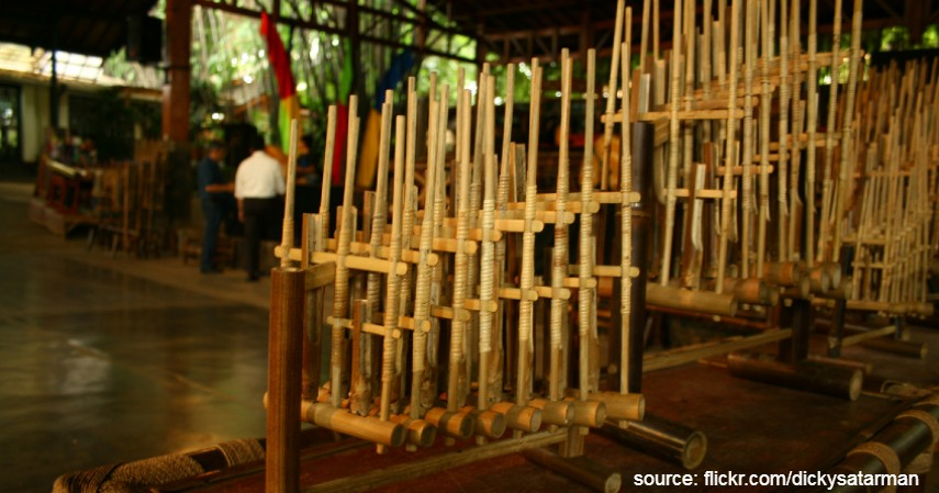 Angklung - Warisan Budaya Asli Indonesia yang Diakui UNESCO Selain Borobudur