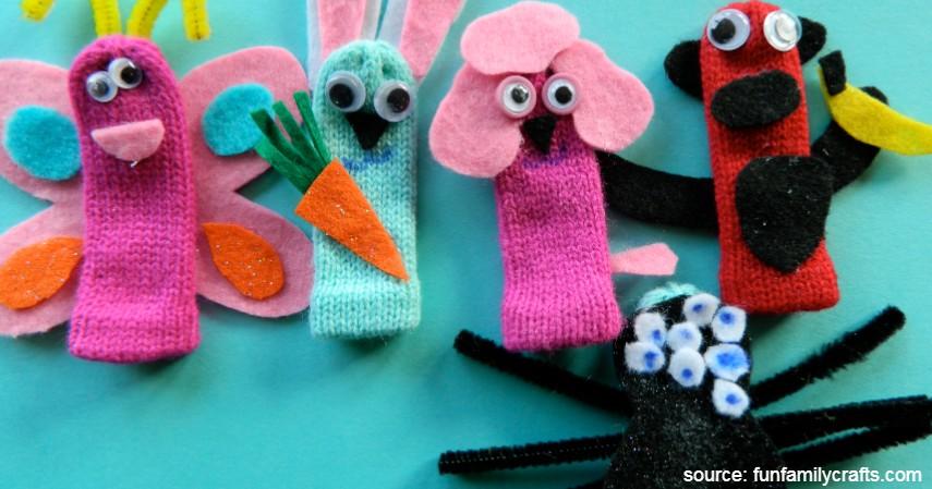 Boneka Sarung Tangan - Sederet Ide Mainan Edukasi Anak yang Asah Motorik dan Kreativitas