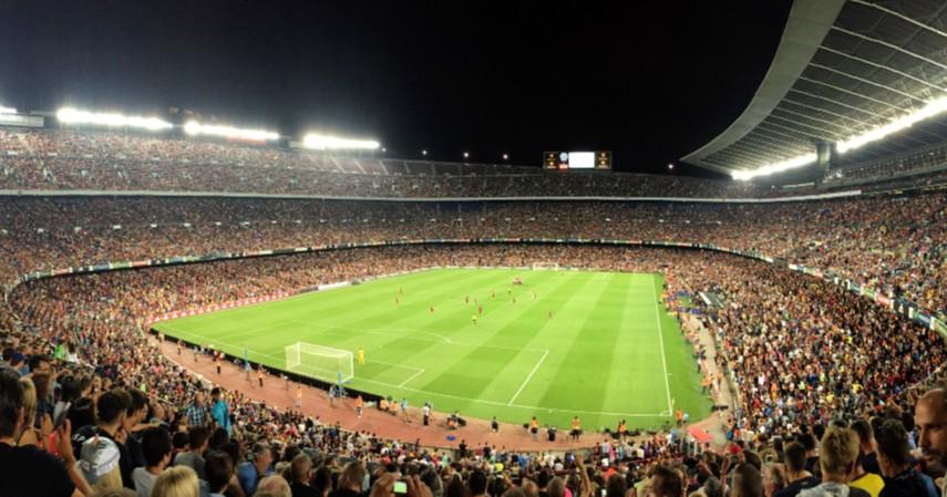 Camp Nou Spanyol - 9 Stadion Sepak Bola Terbesar di Dunia