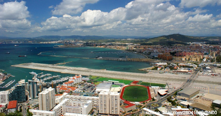 Gibraltar International Airport Gibraltar - Mengulas Lengkap 7 Bandara Paling Berbahaya di Dunia
